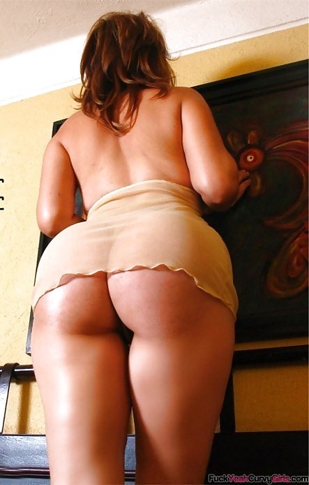 PAWG With Thick Thighs - Fuck Yeah Curvy Girls